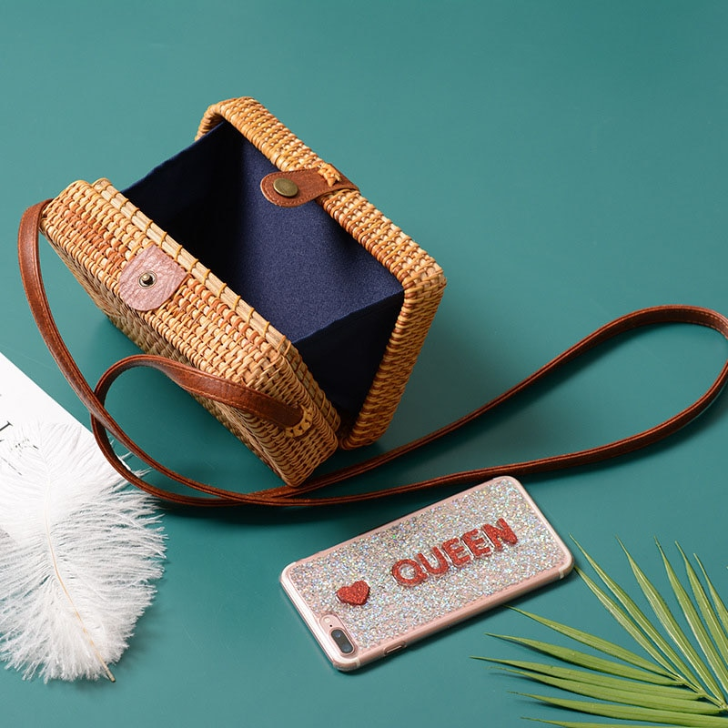 Mini size Straw Crossbody Bag with Leather Strap for Summer 2021