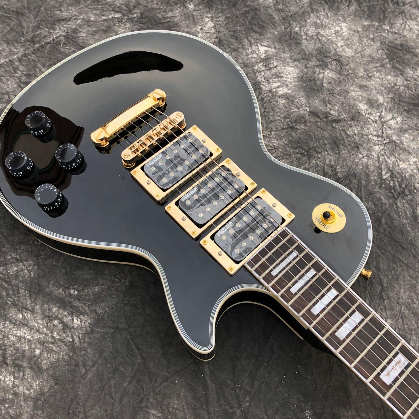 New arrival Electric Guitar.black color guitarra.3 pickups.rosewood fingerboard.mahogany body. enlarge