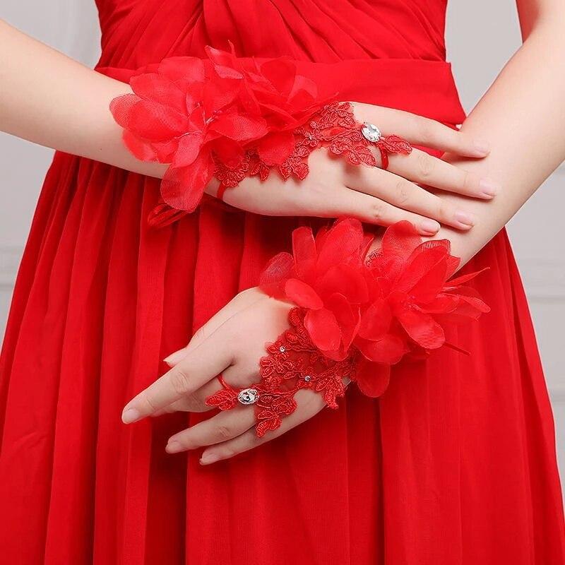 Невеста короткие дизайнерские ремешки Невеста митринг качественные Стразы автомобильные кружевные цветочные украшения свадебные перчатк...