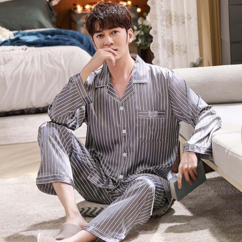 Мужчины% 27 Пятно Шелк Пижама Комплект Мужчины% 27 Пижамы Мужчины Сексуальный Мягкий Homme Уютный Атлас Ночная рубашка Повседневная Гостиная Пижама Ночное Домашнее