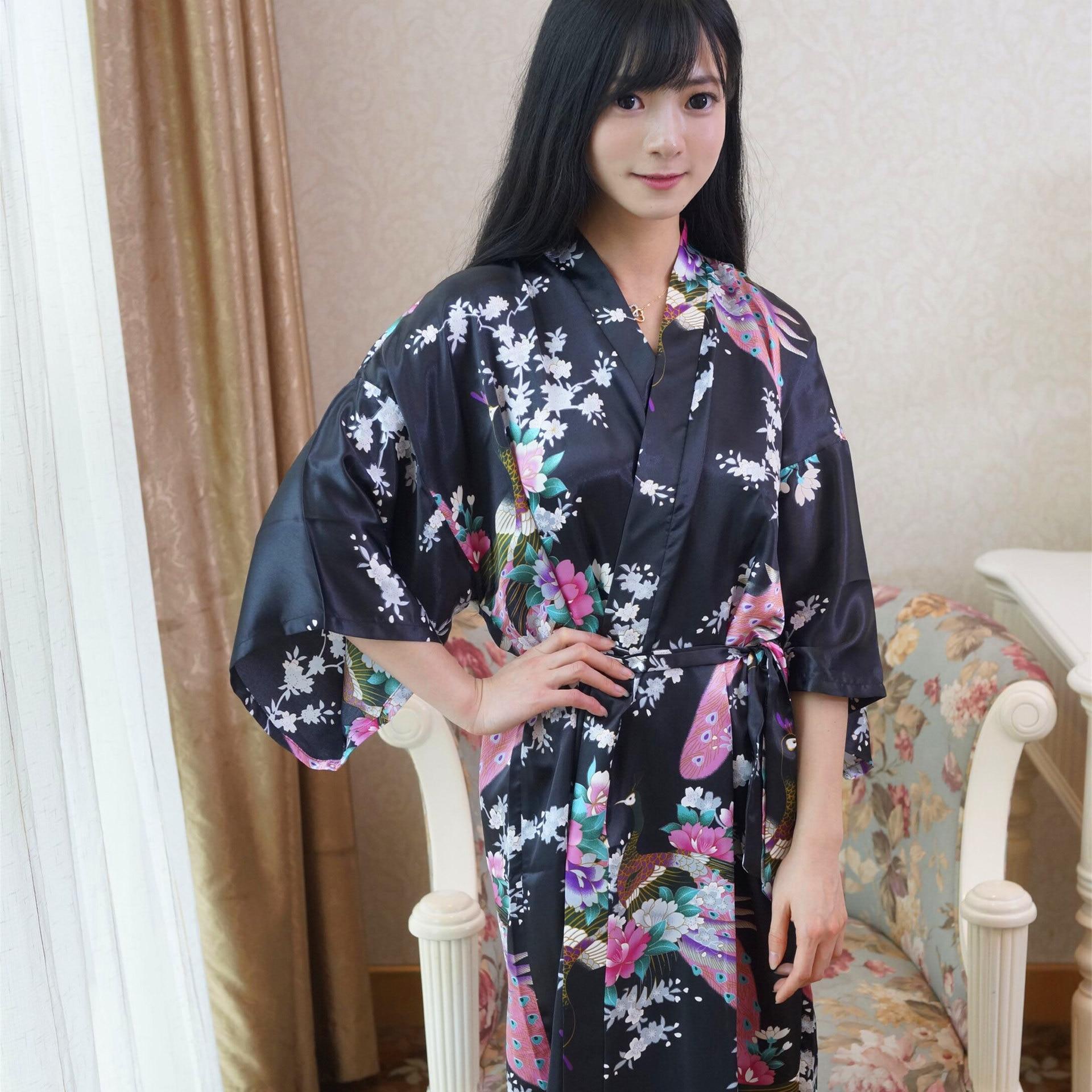 Albornoz japonés bata de baño de satén para mujer bata de seda larga dama de Honor presente Kimono de novia dama de Honor regalo