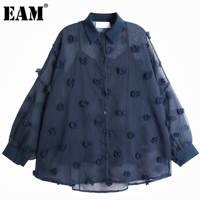 [EAM] Women Blue Flocking Perspective Big Size Blouse New Lapel Long Sleeve Loose Shirt Fashion Spring Autumn 2021 1DD4167