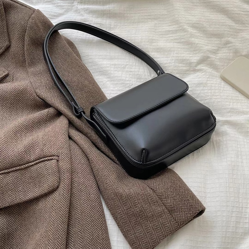 [BXX] Women Early Spring New Texture Soft PU Leather Flap Personality All-match Crossbody Shoulder Bag Fashion Tide 2021 18A1426