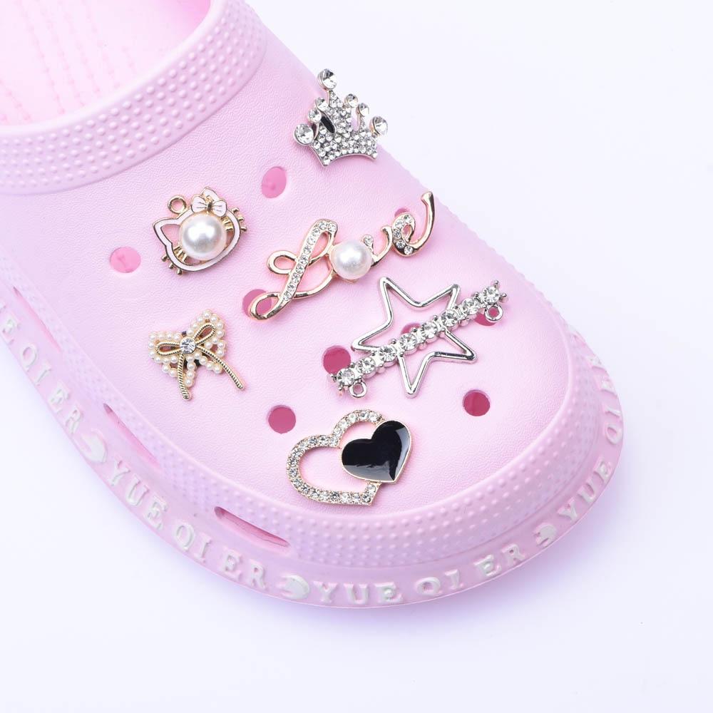 AliExpress - 1pcs Shoes Metal Charms Designer Croc JIBZ Accessories Clog Shoe Button Decoration Lovely Little Bear Charm for Croc Shoes