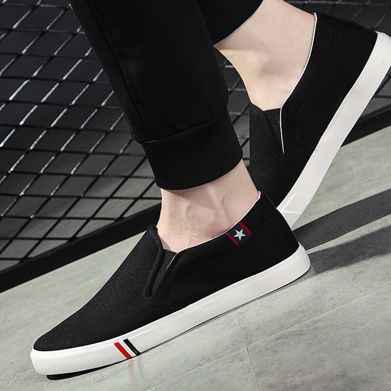 Mens Shoes Casual Denim Male Sneaker Slip on Loafers Men Canvas Breathable Soft Flat Driving