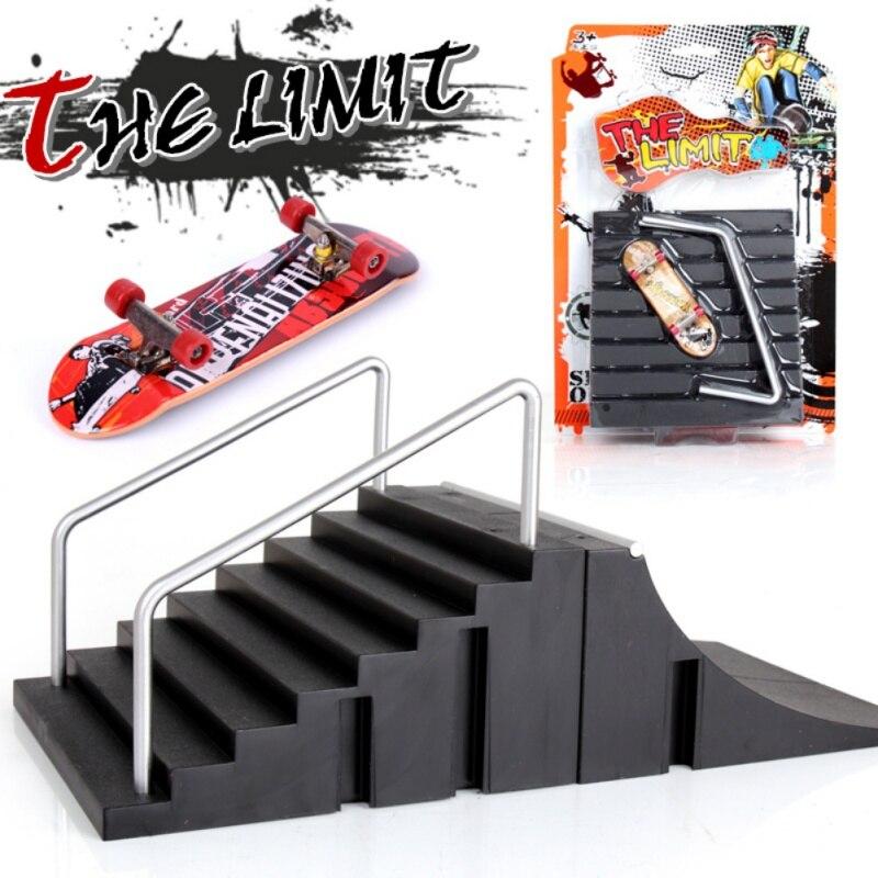 Dropship jogos de treinamento dedo patinação placa com rampa peças pista mini skate brinquedos profissional fingerboard crianças brinquedos presente