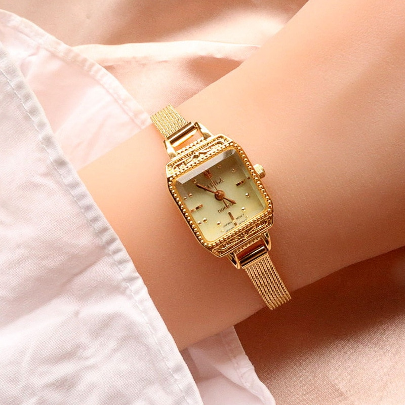 Japanese retro exquisite square leisure small dial womens watch life waterproof imported quartz movement enlarge