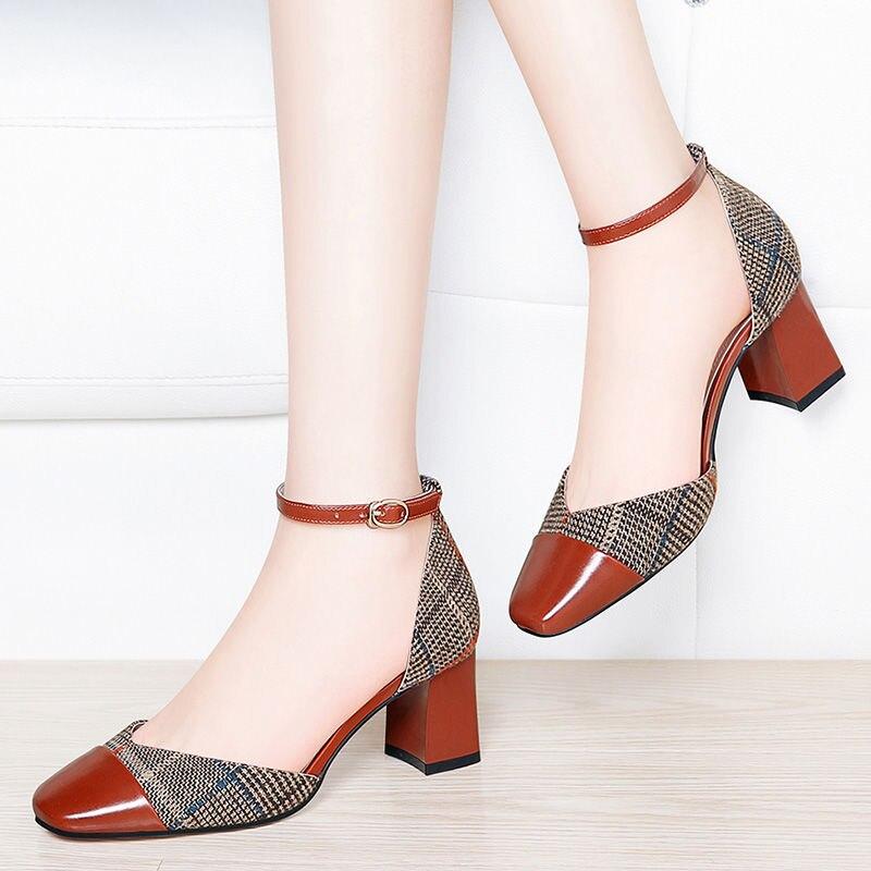 كعوب عالية على الموضة المرأة مثير ساحة كعب أحذية الزفاف الصيف مضخات السيدات أحذية عالية الجودة أحذية مصممين الإناث
