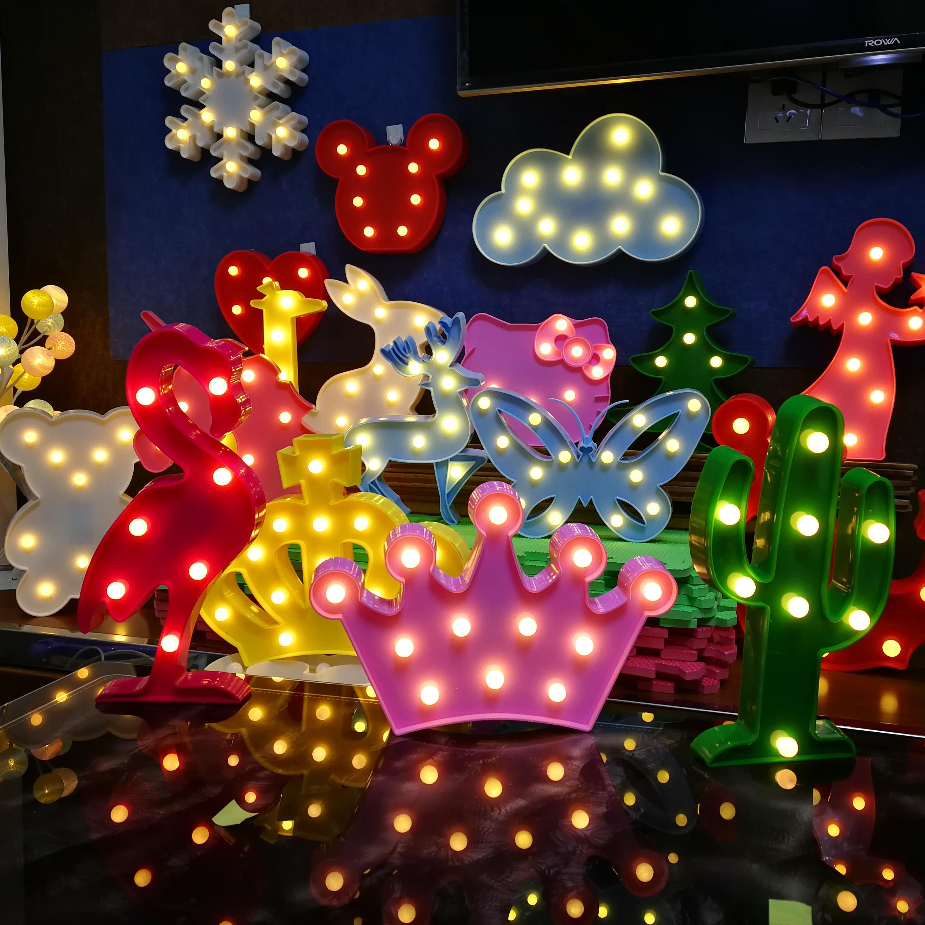 Lámpara LED en forma de corona, nube, Animal, guirnalda de hadas, batería, luces de noche, regalo para niños, juguetes para dormitorio, boda, vacaciones, decoración de fiesta