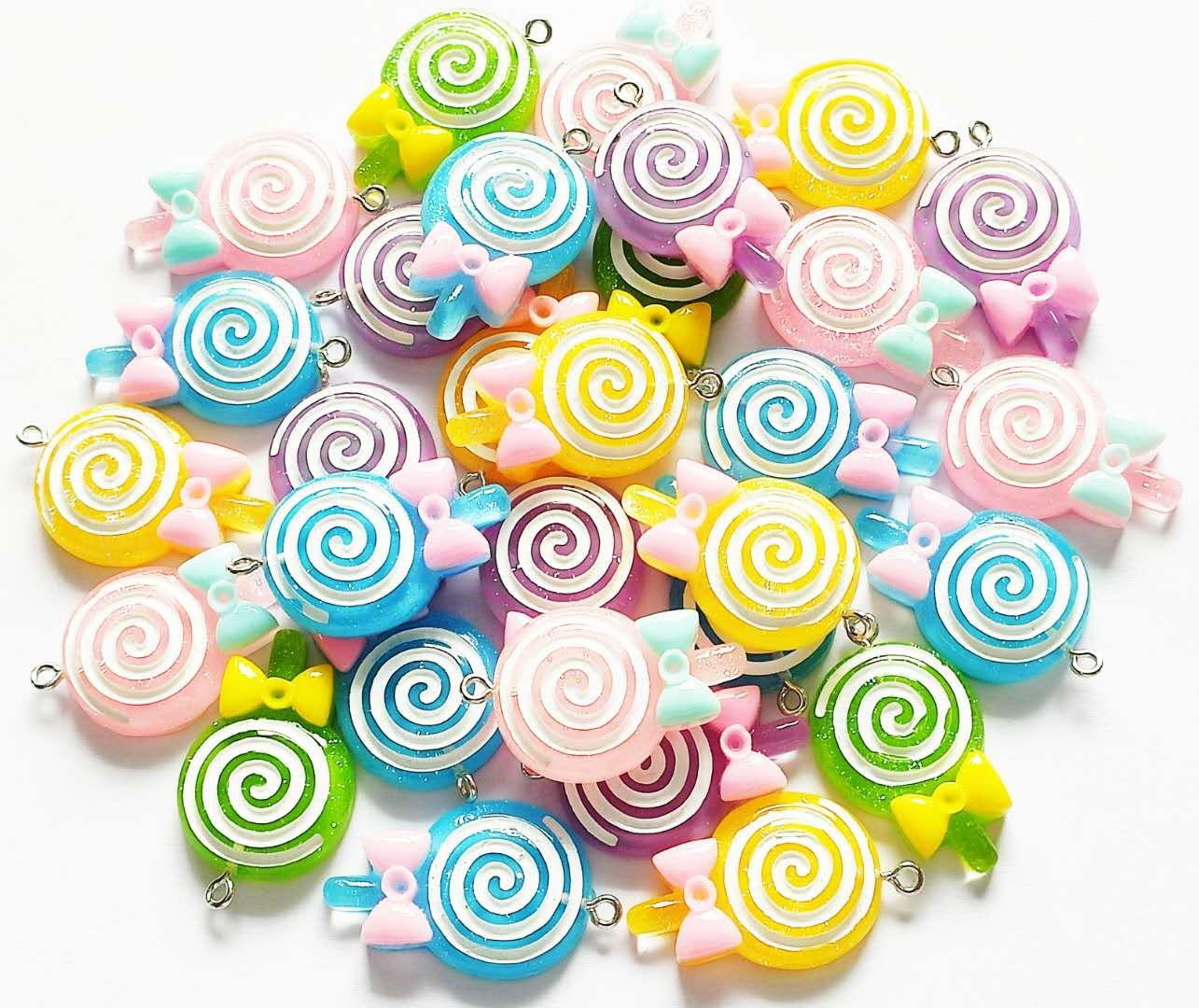100 stücke Gemischt Lollipop Charms Abgeholt zufällig T026
