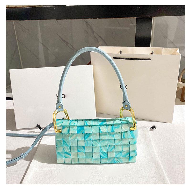 Pure natural shell piece bead chain woven bag ladies fashion evening bag travel vacation handbag