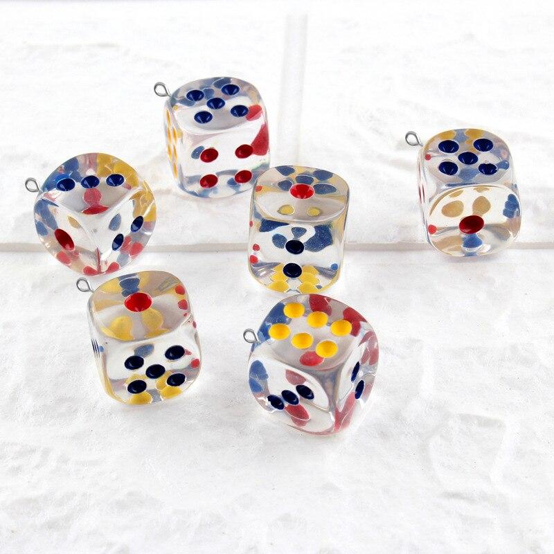 10 Uds. 18mm 3D dado de resina abalorios y pendientes miniatura joyería móvil Material creativo llaves Diy accesorios cristal relleno de barro