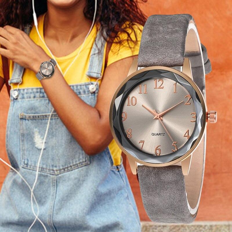 WJ-8713 Relojes de Cuero de moda para mujer, reloj de pulsera de cuarzo con esfera pequeña y suave