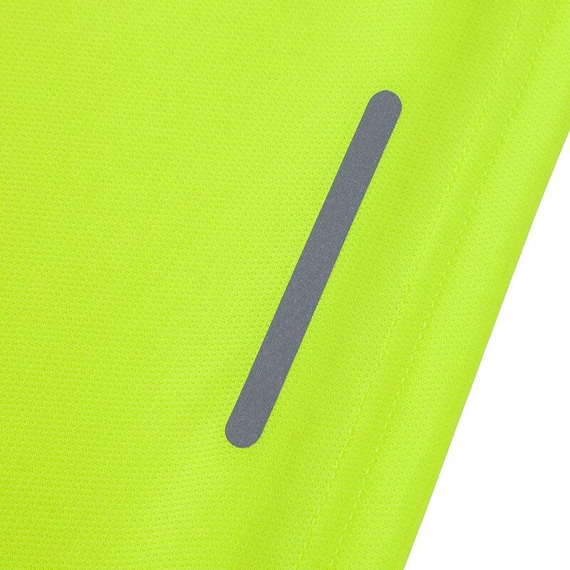 Купить с кэшбэком Breathable Short Sleeve Men Running Fitness Tshirt Quick Dry Soccer Jersey Solid Sports Tees Bodybuilding Training Shirts