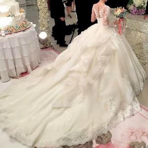 Luxurious Long Sleeve Muslim Lace Appliques Wedding Gowns Bridal Dress Hot Sale Dubai Crystal Flowers Ball Gown Wedding Dresses