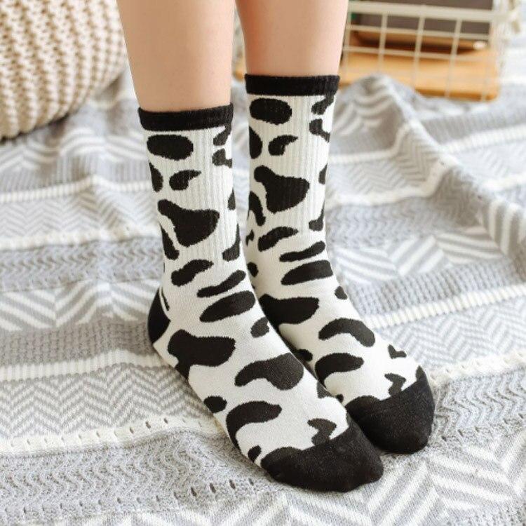 Cartoon Funny Socks for Women Sports Skateboard Leisure Cotton Sock Harajuku Hip Hop Cow Pattern Zebra Pattern Knee-socks Q1530