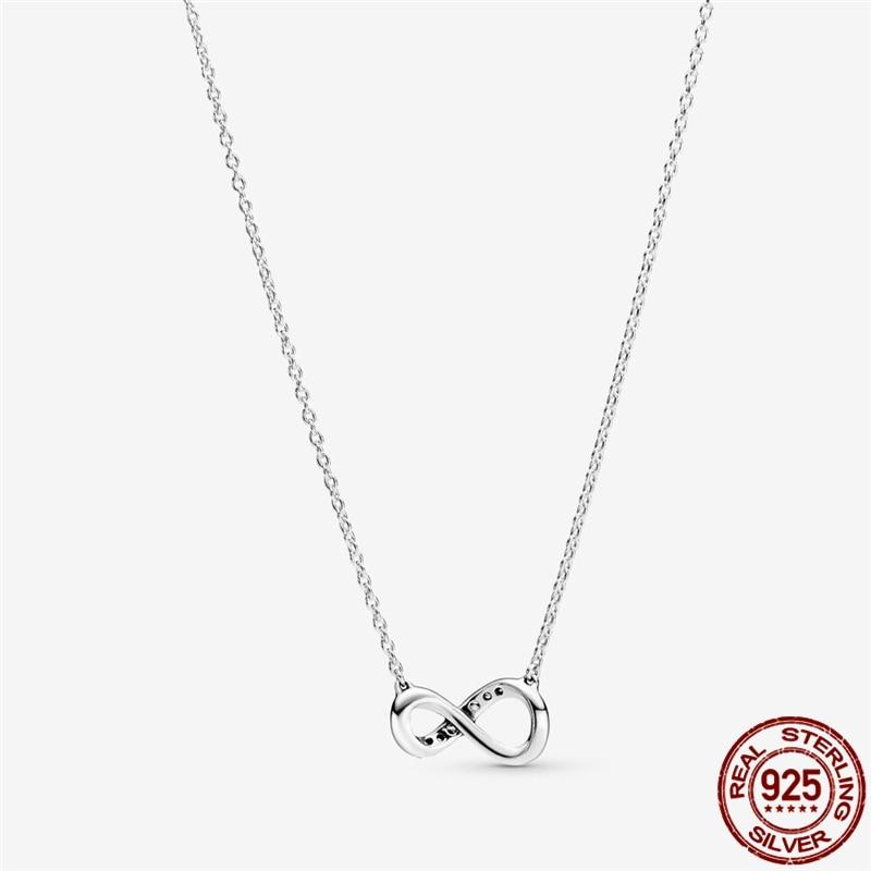 Ожерелье-из-серебра-2021-пробы-с-короной-из-циркония