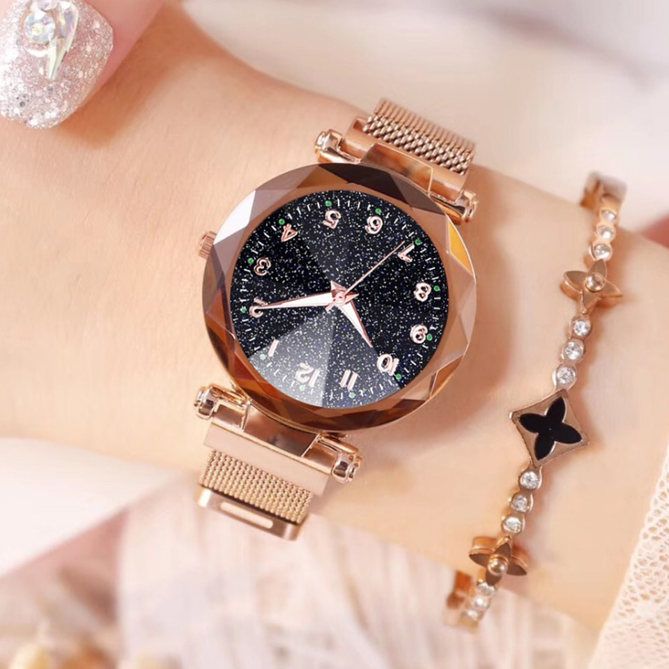 2019 Women Watches  Fashion Luxury Stainless Steel Magnetic Buckle Strap Refractive surface Luminous