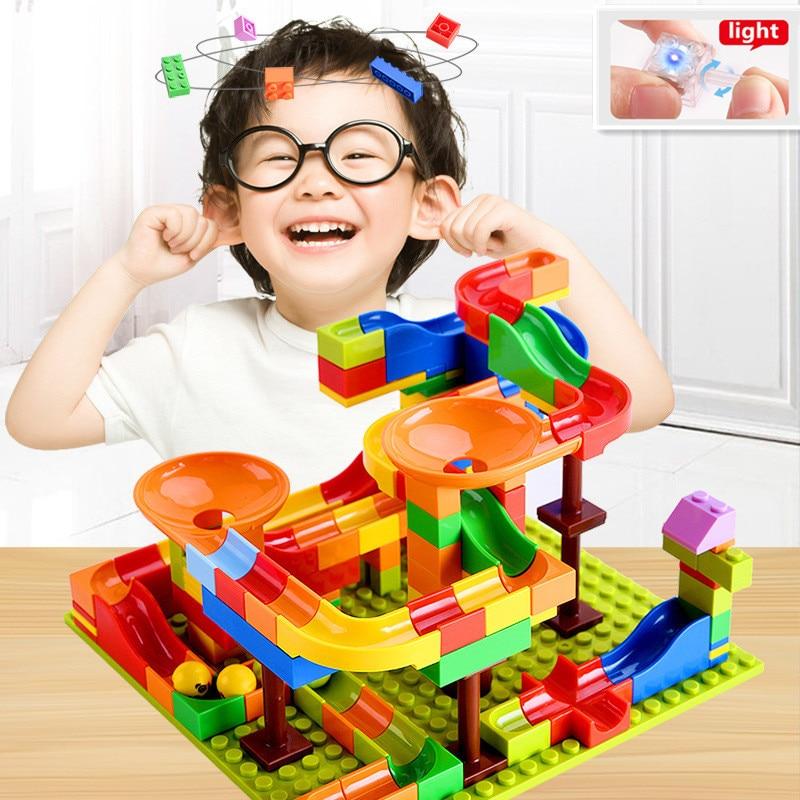 128-256 PCS Bebê Blocos de Mármore Corrida Corrida com luz Labirinto Bola Funil de Plástico de Construção Trilha Blocos de Slides DIY tijolos brinquedos Duploe
