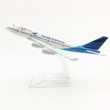 12CM 1400 Boeing B747-400 modèle Garuda indonésie compagnies aériennes avec base airbus alliage métallique avion modèle à collectionner