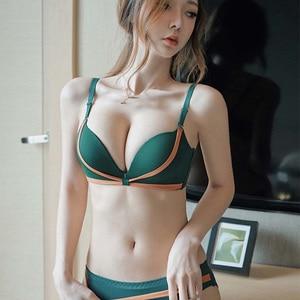 Women Sexy Lingerie Bra Set Lace Wireless Deep V Bras Underwear Comfortable Push up Ladies Bra And Panties Set