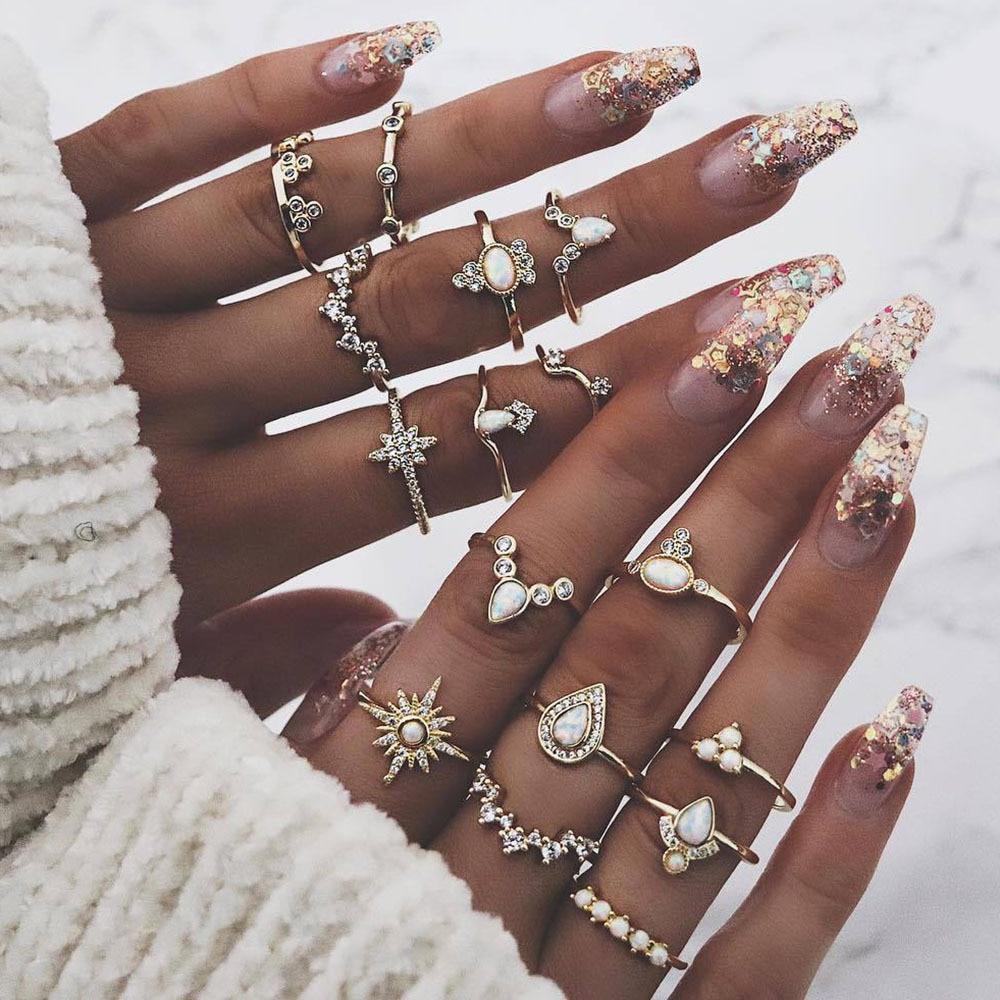 Venda quente europeu e americano strass anel conjunto conjunto de 16 peças coroa gota retro conjunto anel para presentes femininos atacado