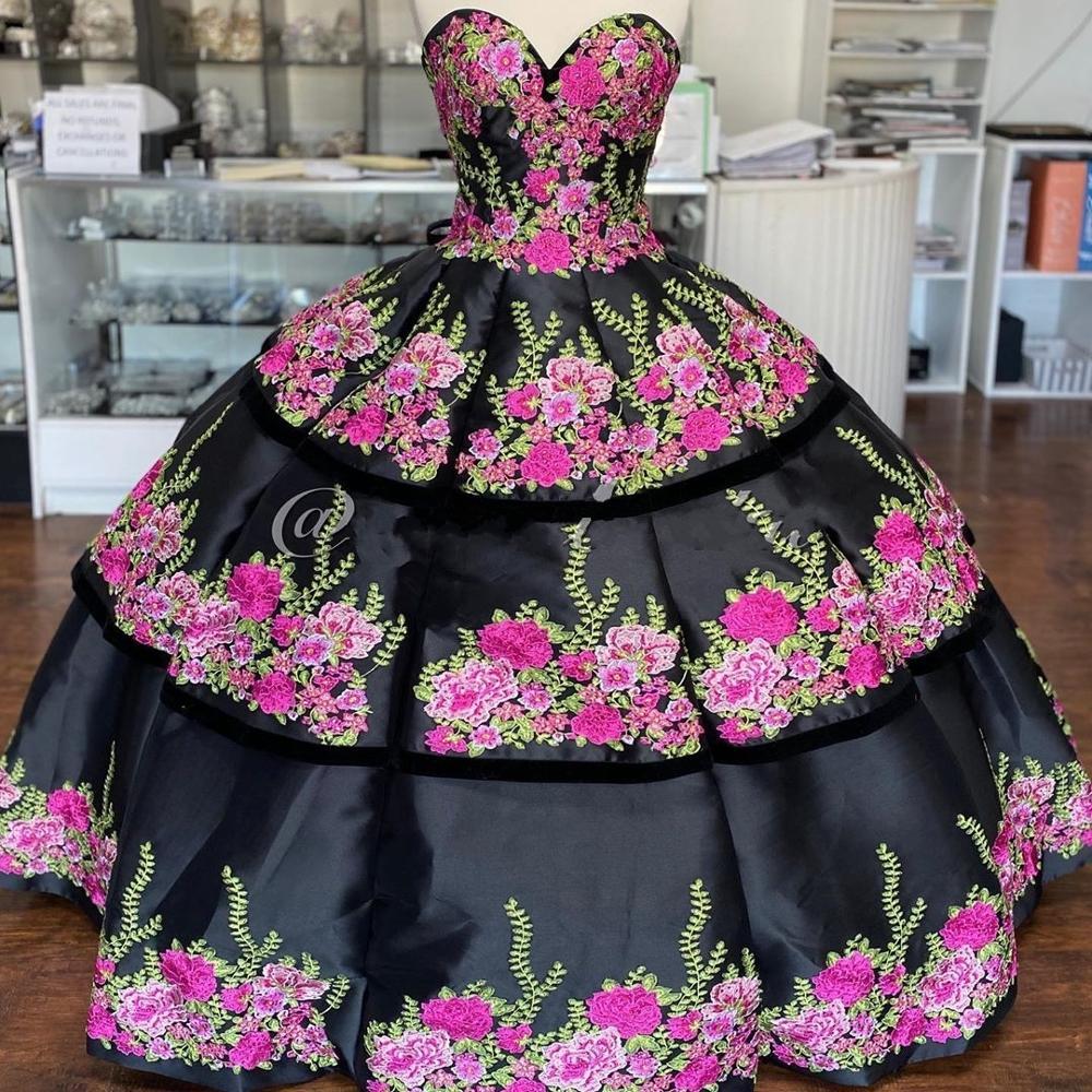 Vestidos de satén Floral de 15 años 2020, vestido para quinceañeras bordado con volumen, cuello de amor, volantes, dulces vestidos de 15 largos para baile de graduación