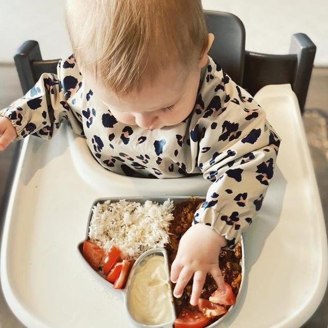 Baby Bibs Waterproof Infant Eating Bib with Pocket Children Drawing Machine Washable Long Sleeve Apron Kid Burp Cloth Baby Stuff 10