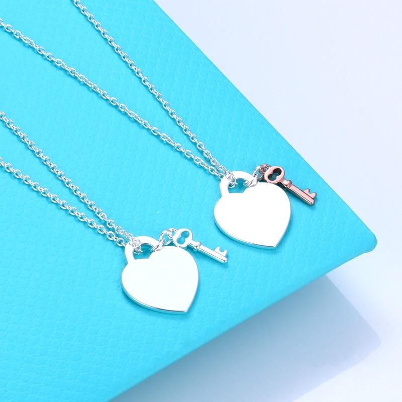 Женское-ожерелье-из-серебра-100-пробы-в-форме-сердца