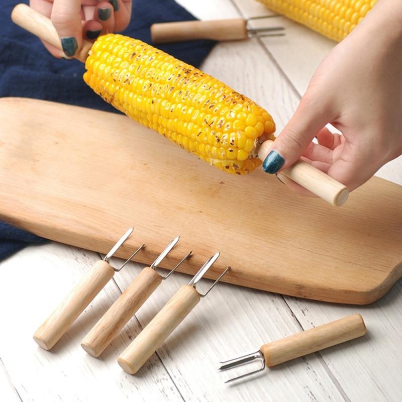 Quente 10 pçs churrasco garfos de milho alimentos portátil milho assado agulha milho plug churrasco carne salsicha frutas lidar com garfo de madeira 2