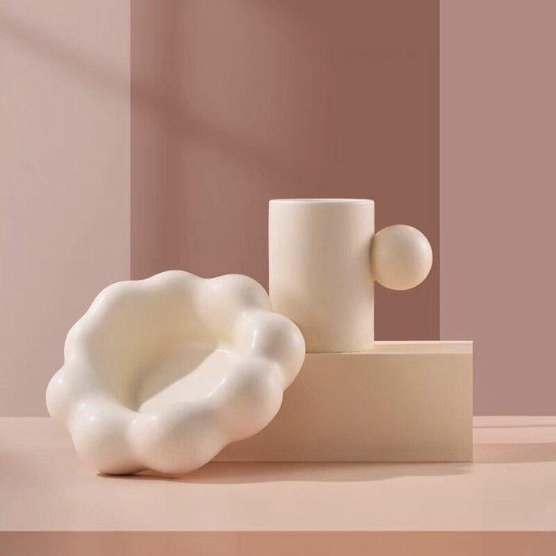 الشمال كرة مستديرة مقبض القدح مع سحابة شكل لوحة السيراميك القهوة فنجان شاي وطبق الإبداعية الحليب كوب ماء هدية للمرأة
