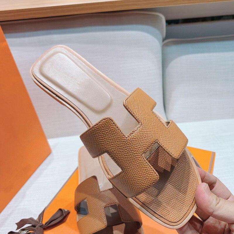 2021 novo de alta qualidade couro genuíno senhoras sandálias marca moda sapatos planos senhoras ch
