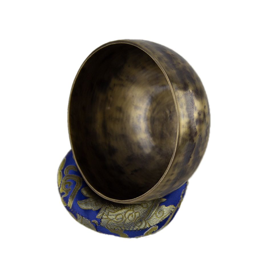 Antique Singing Bowls Antique Design With Dual Surface Mallet and Yoga physiotherapy uses this pure bowl voice Zen Singing Bowls enlarge