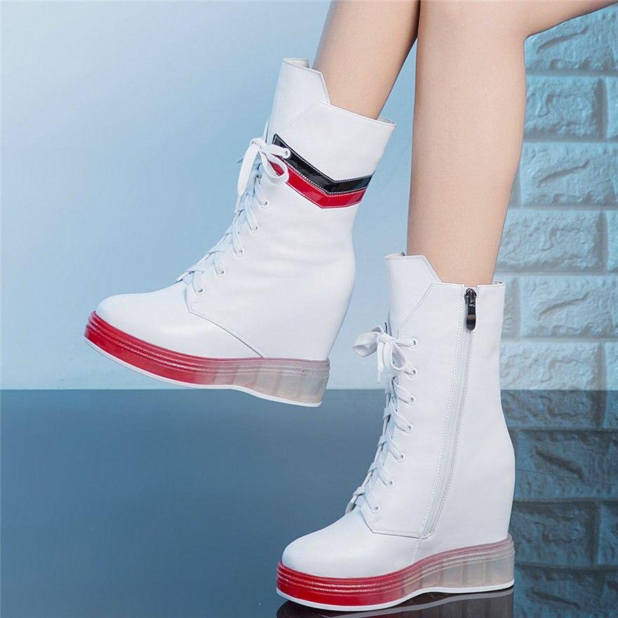 الشتاء الدافئة أحذية رياضية النساء الدانتيل يصل جلد طبيعي عالية الكعب العسكرية حذاء من الجلد الإناث عالية أعلى منصة اصبع القدم أحذية مضخات
