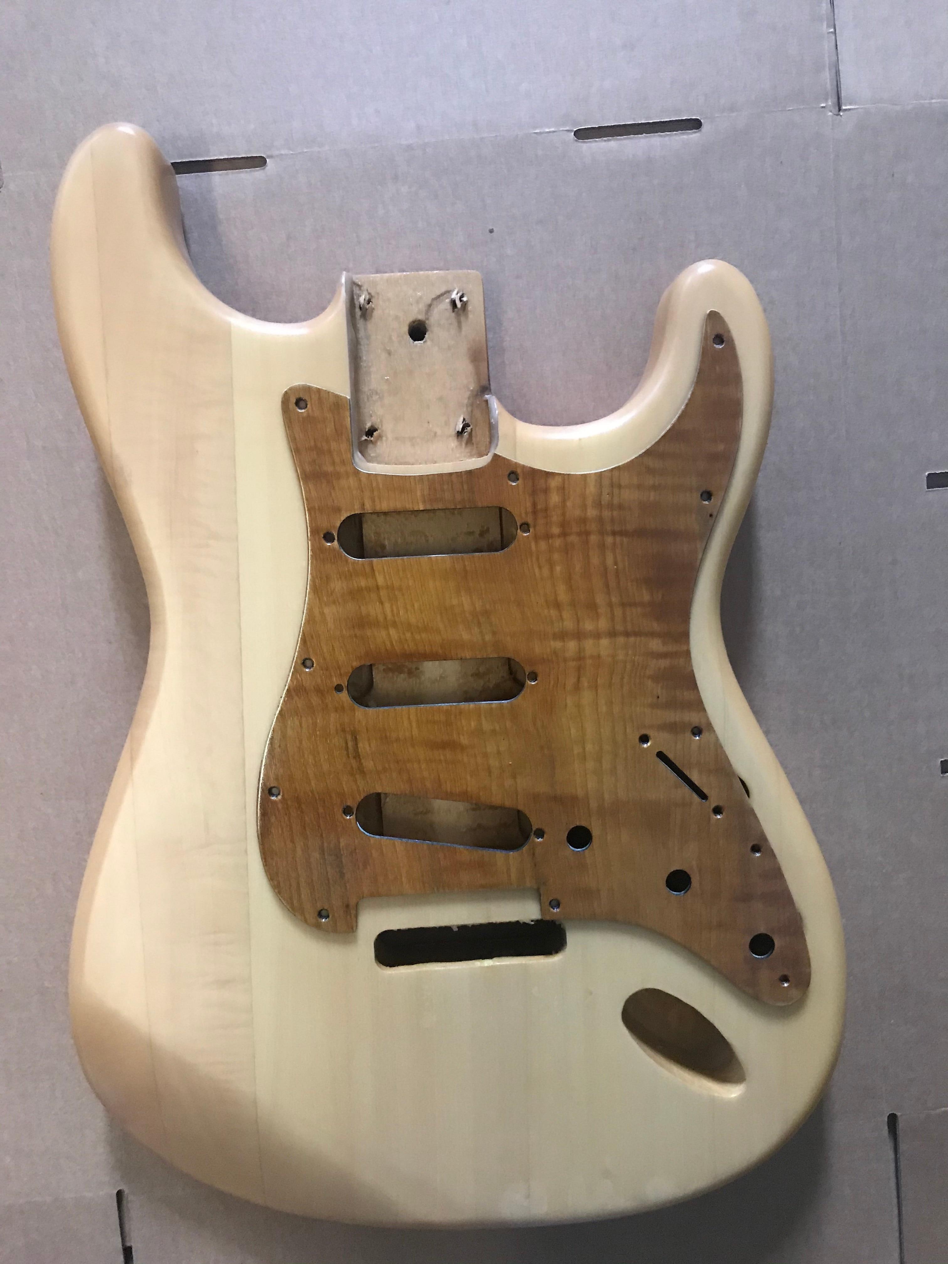 Semi-finished Manual DIY Guitar Barrel Strat Electric Guitar Body Alder Guitar Panel With Pickguard High Quality Maple Wood enlarge