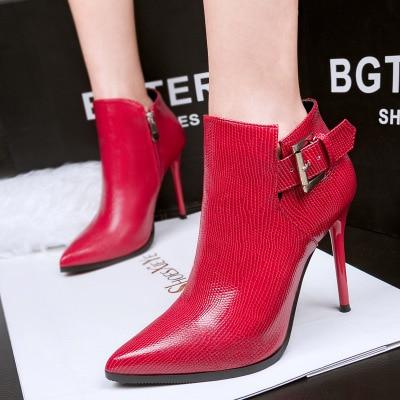 Пикантные Ботинки martin с острым носком на шпильках; женские модные ботинки со змеиным узором; женские ботинки для ночного клуба с пряжкой; тонкие облегающие Женские ботинки