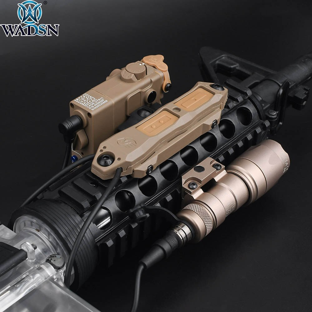 WADSN Tactical DBAL A2 caja ficticia Láser Sight Airsoft M300A Conjunto Combinado de luz Scout con interruptor de almohadilla de presión Dual para riel de 20mm
