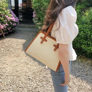 Fashion Casual Woven Women Shoulder Bags Rattan Handbags Straw Bags Large Capacity Buckets Tote Summer Beach Travel Purses