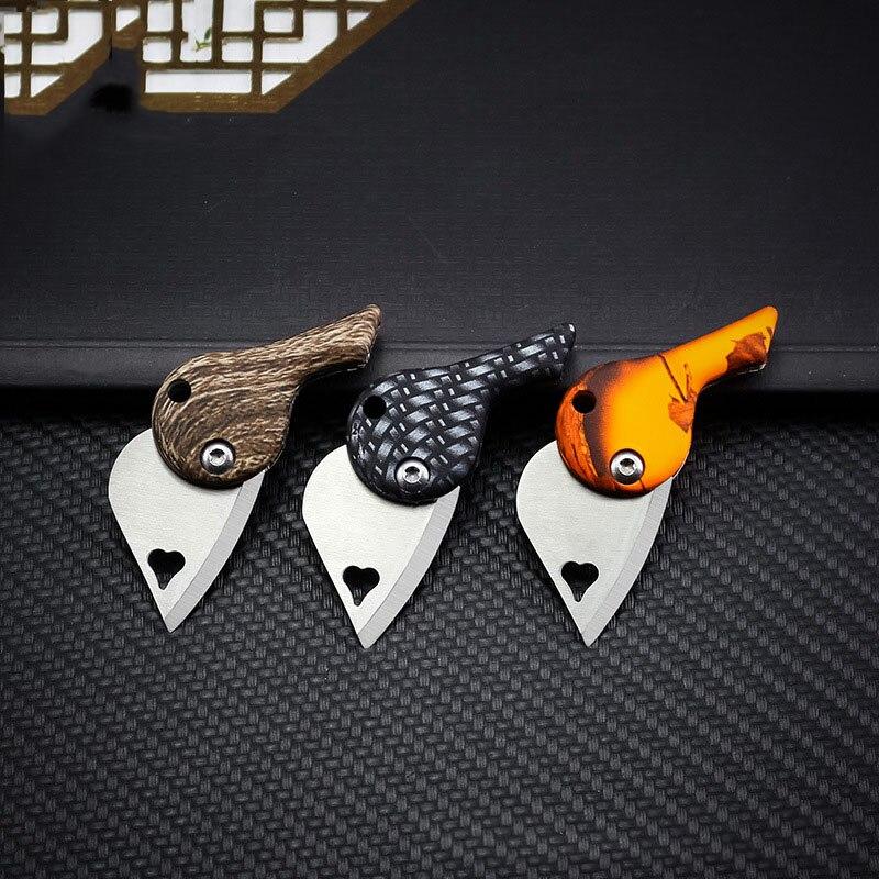 Forma de amor hoja Mini colgante cuchillo 440C acero inoxidable y abs mango plegable llavero de bolsillo cuchillo EDC herramienta
