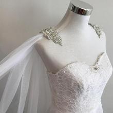 """Velo de capa con apliques de diamantes de imitación en los hombros _ 108 """"W X 120"""" (3 metros) de largo, velo de novia para hombro en blanco, marfil, blanco roto"""