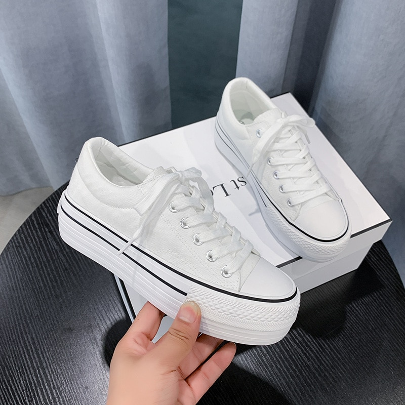Autumn thick bottom all-match running shoes women spring flat solid color low-top canvas sneakers women chaussures femme ZY-52