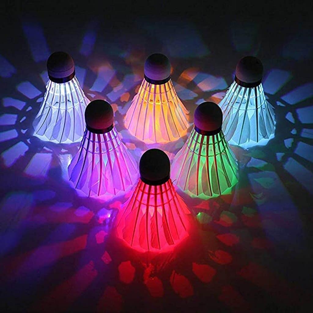 8 Uds iluminación Badminton volante Noche Oscura colorido LED iluminación deporte Badminton bola accesorios punto de luz Shuttle cock