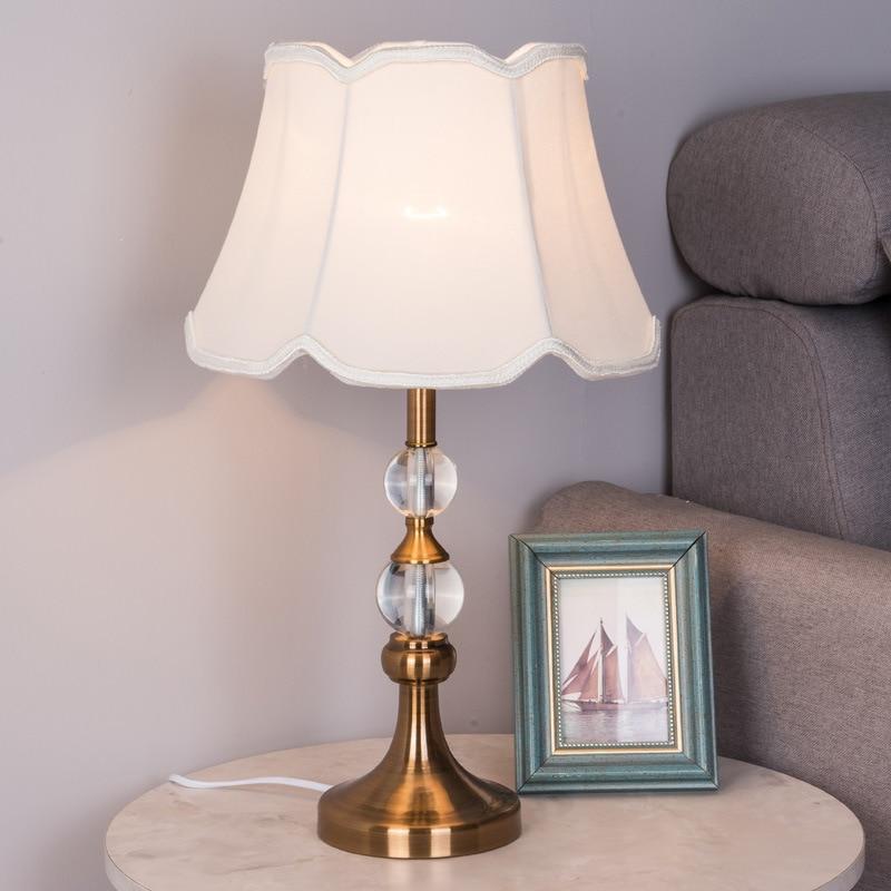 Lámparas de mesa de cristal lámpara de mesa de hierro dorado de dormitorio 31x50cm Luz de escritorio de estudio luces de mesa de hogar E27 lámpara de bombilla moderna Luz de cama D42