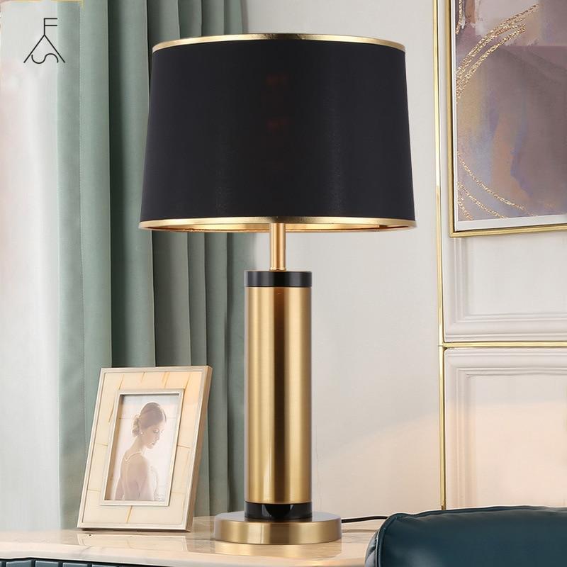 النمط الأوروبي ضوء مصباح طاولة فاخرة الحديثة Led الإبداعية رومانسية نوم السرير غرفة المعيشة دراسة المنزل إضاءة ديكورية