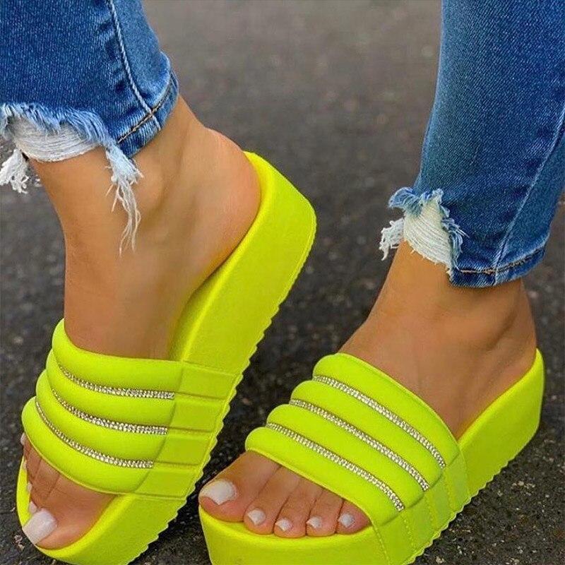 Mulher chinelos de plataforma plana senhoras dedo do pé aberto de cristal sapatos de fundo grosso mulher conforto casual moda chinelos feminino plus size