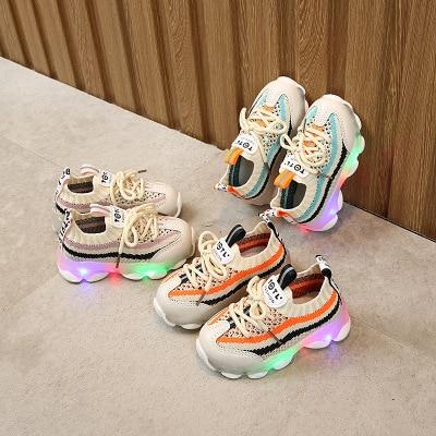 Crianças led sapatos crianças tênis casuais meninos meninas calçados luminosos doce com luz flash tênis de corrida sapatas do esporte das crianças