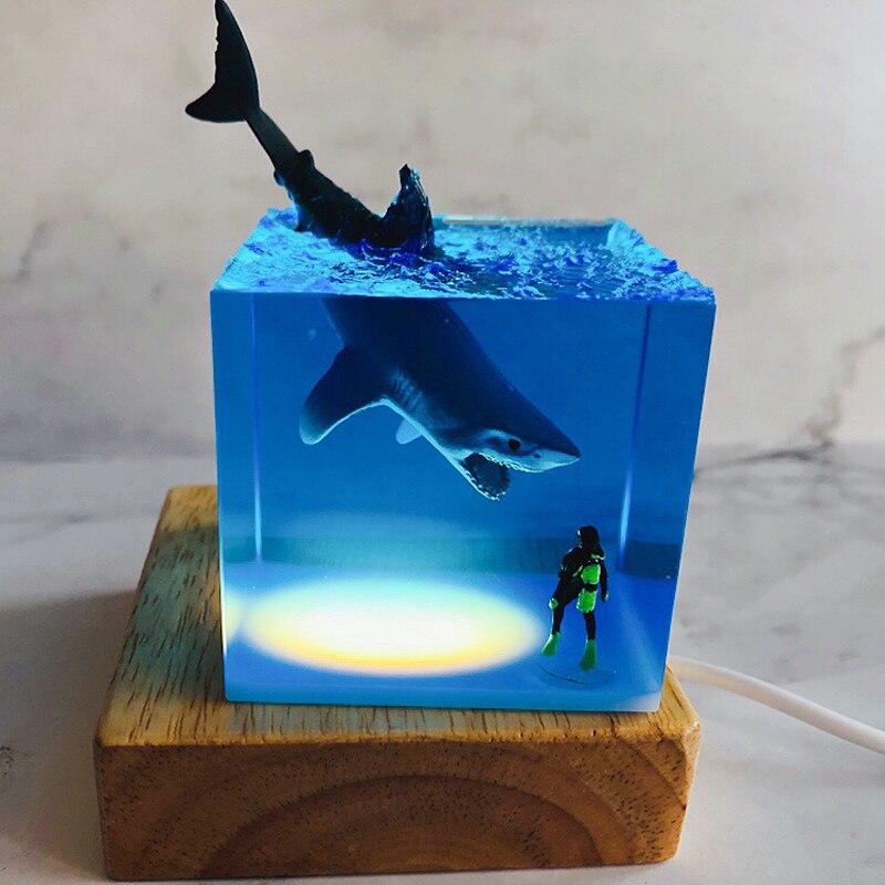 New transparent original resin marine life divers and shark creative gift decoration