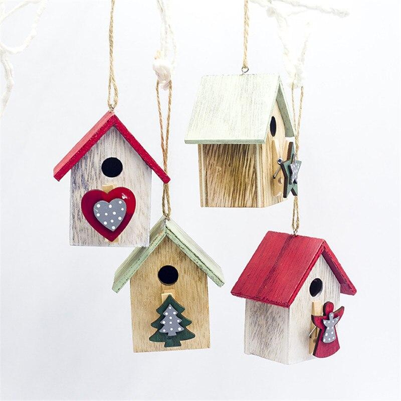 Madeira pintada natal pequena casa pendurado pingentes de madeira enfeites de árvore de natal cabine pingente decoração de mesa