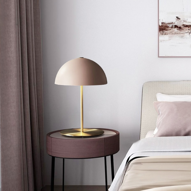 Luz de pared minimalista noble diseño italiano creativo lron LED Luz de escritorio para sala de estar dormitorio lámpara de noche e27