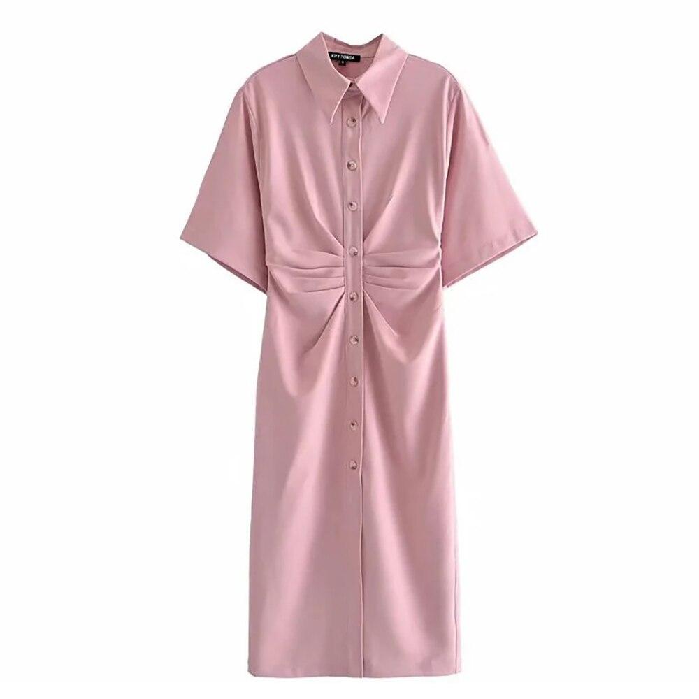 Платье-рубашка средней длины на пуговицах с коротким рукавом